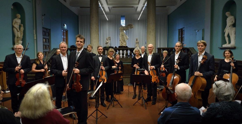 Oslo kammerorkester før konsert i Auditoriet på Nasjonalgalleriet